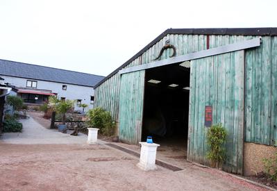 Western Rando -   Pension, saloon…